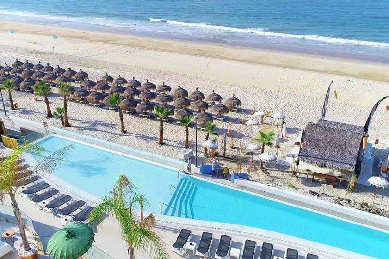 catalogo de hoteles solo adultos en la costa de cadiz