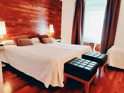 catalogo de hoteles solo para adultos en huesca