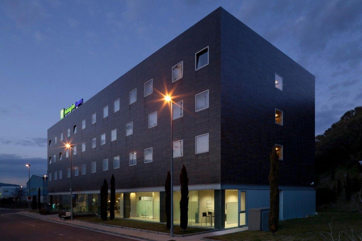 los mejores hoteles exclusivos para adultos en pamplona